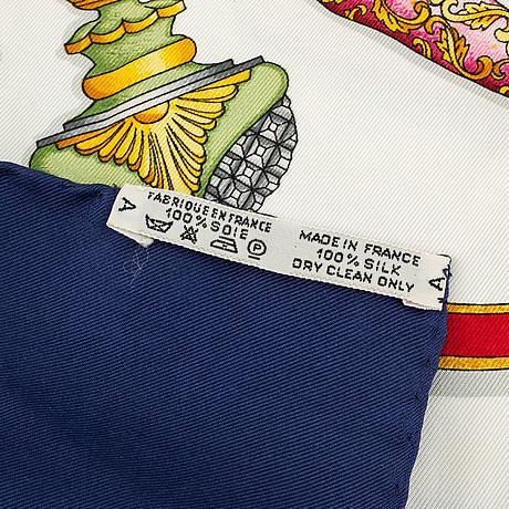 Hermès, scarf, 'qu'importe le flacon'.