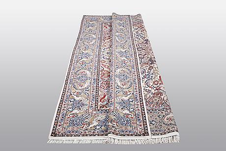 A carpet, old esfahan, part silk, ca 308 x 202 cm.