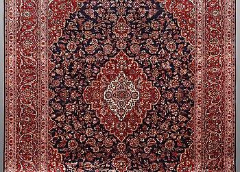 Matta, Keshan, ca 420 x 292 cm.