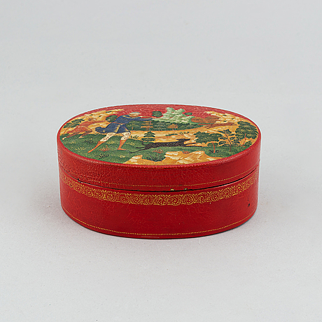 A russian laquer box, signed and dated 1925.