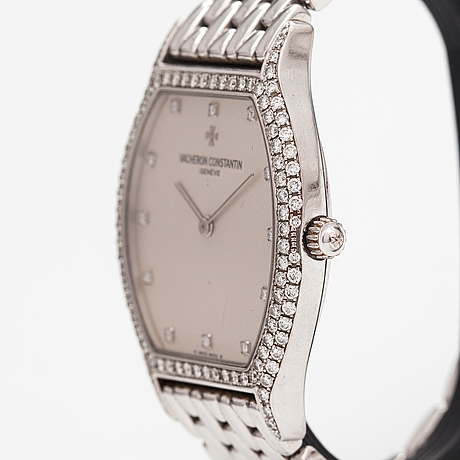 Vacheron constantin, tonneau, wristwatch, 32 x 32 mm.