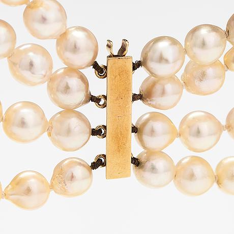 Pärlcollier, 4-radigt, odlade pärlor och 14k guldlås.