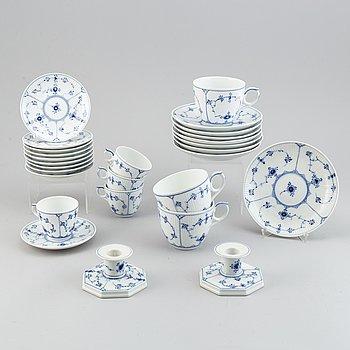"18 + 2 pieces Royal Copenhagen  ""Musselmalet"", Denmark."