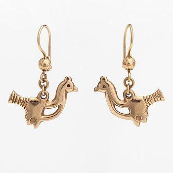 "A pair of 14K gold earrings ""Small bird"". Kalevala koru, Helsinki 1997."