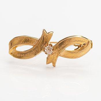 An 18K gold brooch with a rose-cut diamond. G Dahlgren & co, Malmoe 1893.