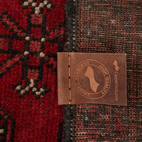 A carpet, oriental, ca ca 290 x 195 cm.