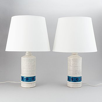 A pair of Bitossi table lights.