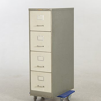A filing cabinet mid 1900/later part.