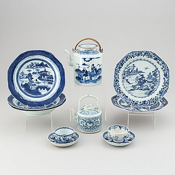 A group of blue and white porcelain, Qing dynasty, 18/19th Century.