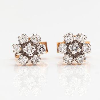 Korvakorupari, 14k kultaa, timantteja n. 0.046 ct yht.
