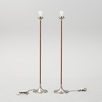 A pair of floor lamps from Laurel lamp mfg company, second half of the 20th century.