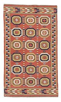 "242. Märta Måås-Fjetterström, a carpet, ""Röda åttan"", flat weave, ca 255-257 x 149-150,5 cm, signed AB MMF."