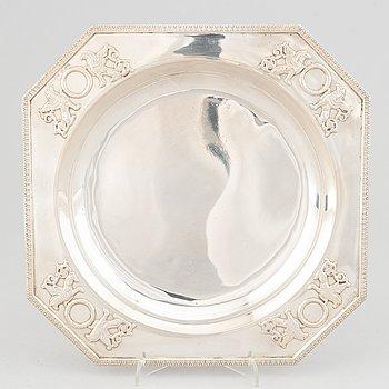 A swedish silver bowl, CG Hallberg, Stockholm 1904.