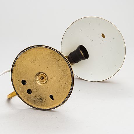 A mid 20th century '2433' table lamp for valinte.