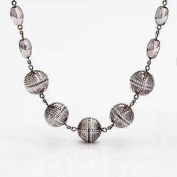 """A sterling silver necklace """"Halikko necklace"""". Kalevala koru, Helsinki 1996."""