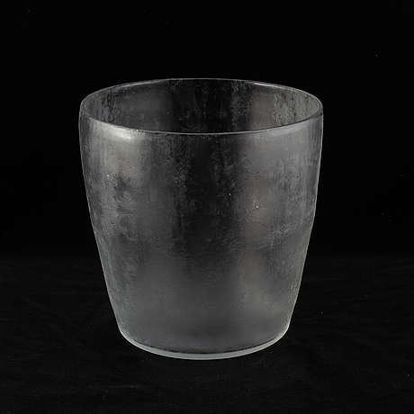 """Edward hald, an """"iced"""" glass bottle and a vase/ wine cooler, orrefors ca 1933, model 154/19 and 154/18."""