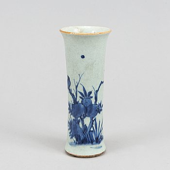 A Transitional blue and white 'sleeve' vase, 17th century.