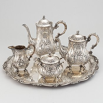 A german rococo-style silver coffee- and tea set, Weinranck & Schmidt, Hanau, circa 1900.