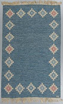 A carpet, flat weave, ca 202,5-204 x 137-138 cm, signed IB.