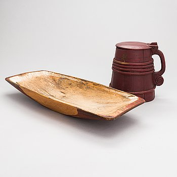 Food/baking tray and beer mug, wood, 19th century.