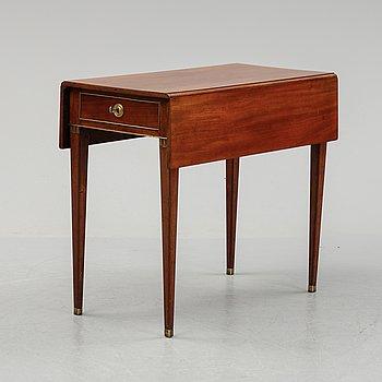 Klaffbord, sengustavianskt, omkring år 1800.