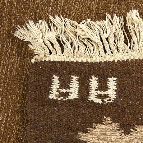 A signed swedish flatweave carpet ca 207 x 137 cm.