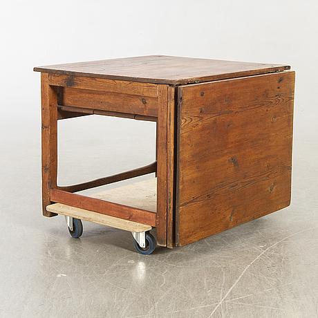 Slab table, 19th century.
