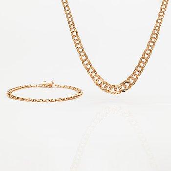 A 14K gold necklae and bracelet. Finland 1979.