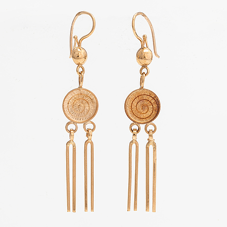 A pair of 14k gold earrings. finland.