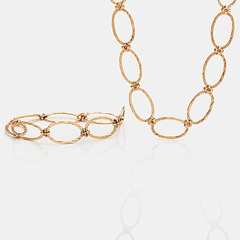 Elis Kauppi, A 14K gold necklace and bracelet. Kupittaan kulta, Turku.