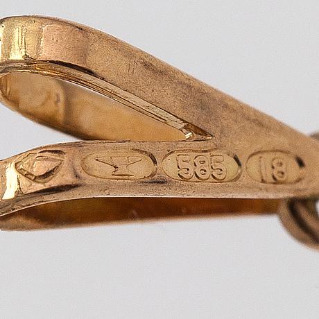 Elis kauppi, a 14k gold ring, earrings and a pendant with cultured pearls. kupittaan kulta, turku 1986.