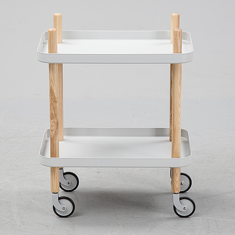 A 21th-century serving trolley.