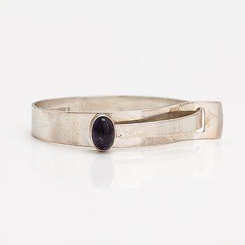 Elis Kauppi, A silver and amethyst bracelet. Kupittaan kulta, Turku 1959.