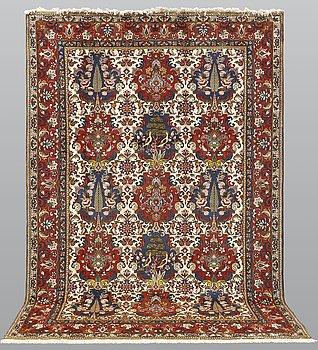 A carpet, Figural Baktiari, ca 305 x 205 cm.