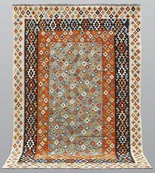 A carpet, kilim, ca 297 x 210 cm.