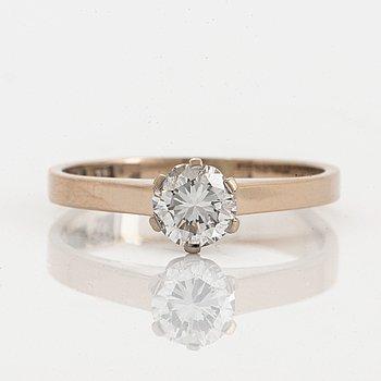 Ring, 18K vitguld med briljantslipad diamant.