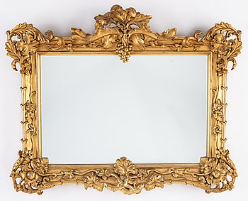 A mirror from around year 1900.