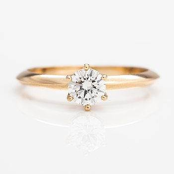 Ring, 14K guld, diamant ca 0.54 ct enligt certifikat.