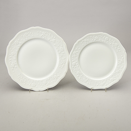 A french 102 pcs of limoges dinner service.