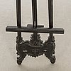 An easel around 1900.