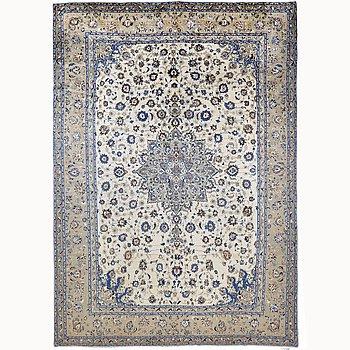 A carpet, Kashan, ca 430 x 330 cm.