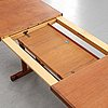 Soffbord, skaraborgs möbelindustri, tibro, 1900-talets andra hälft. signerat med etikett.