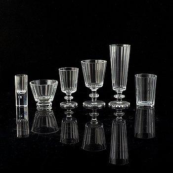 Elis Bergh, a part 'Karlberg' glass service, Kosta Boda, 89 pieces.