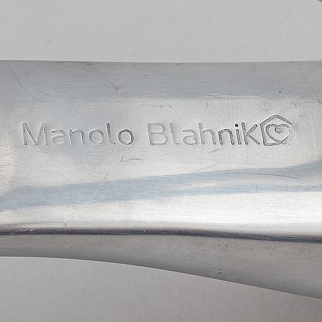 Manolo blahnik, shoehorn, 2000s.