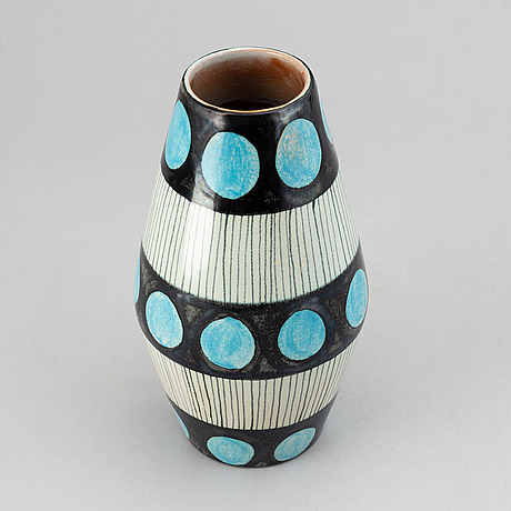 "Carl-harry stålhane, vase, ""torro faience"", decor by aune laukkanen, rörstrand ca 1951."