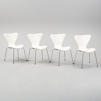"Arne Jacobsen, stolar, 4 st, ""Sjuan"", Fritz Hansen, formgiven 1955."