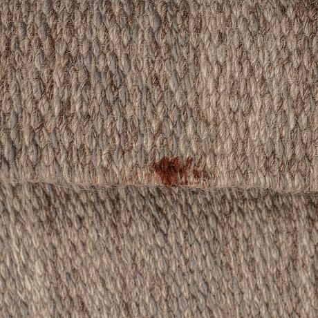 A carpet, flat weave, ca 198,5-200 x 137-139,5 cm, signed ba(?), probably sweden.