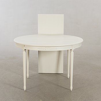 Table  Gustavian style. The second half of the 20th century.