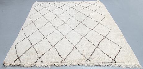 A carpet, morocco, ca 295 x 205 cm.