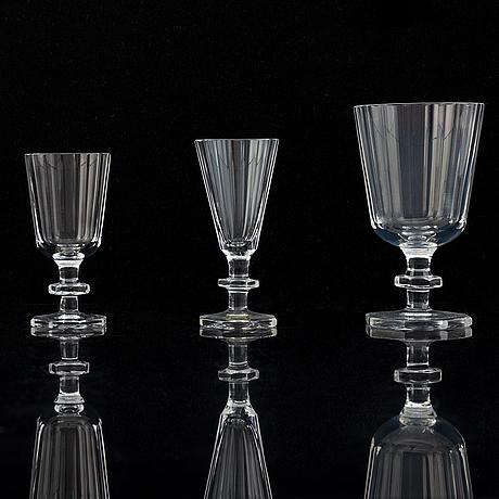 Elis bergh, a part 'karlberg' glass service, kosta boda (48 pieces).